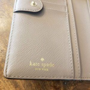 Kate Spade NWT Laurel Way Evangelie Wallet